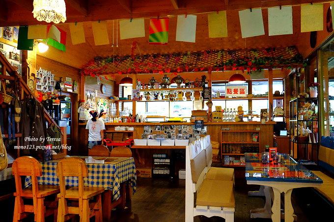1513163491 9929d9bb945756f74c22d6e8c83e45db - 台中東勢︱廚匠白俄羅斯娃娃的家.變身為親子餐廳的白俄羅斯料理,大草坪、沙坑、戲水池、餵魚池和多種小遊戲,現在還有露營區,很適合溜小孩…