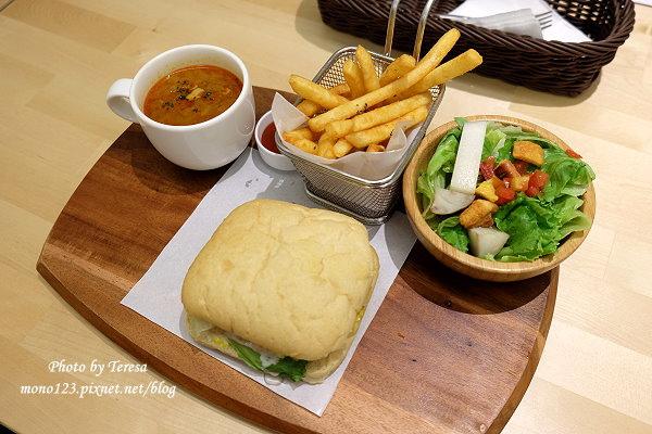 【台中西區.下午茶】Sausalito CAFE 莎莎莉朵.巷弄裡的美味餐點,早午餐、輕食、甜點通通有 @QQ的懶骨頭