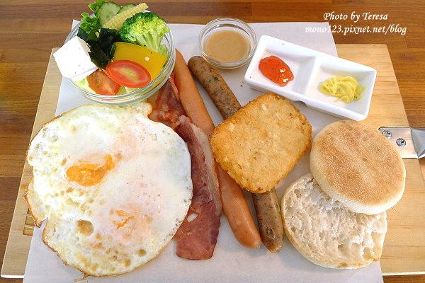 【台中北區.早午餐】熊抱尼克.尼克系列5號店,環境舒適、適合聚餐的氛圍 @QQ的懶骨頭