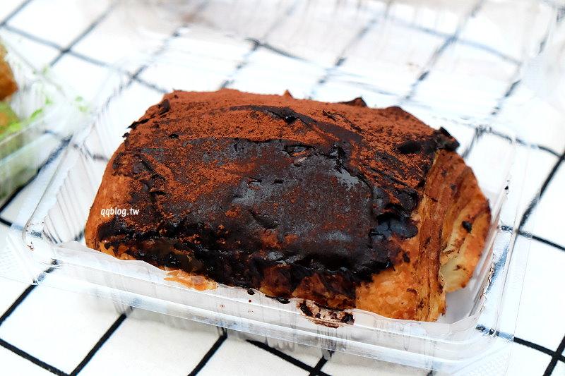 1529082041 cebeabf1e701e785013179b086480a7d - 台中豐原︱貝莉創意烘焙.傳統麵包坊新創意,爆漿海鹽奶蓋蛋糕好療癒,不定時有快閃團,老闆創意滿點