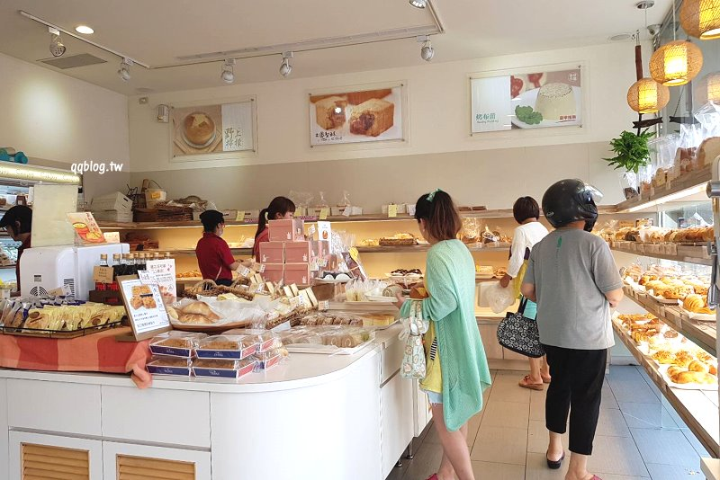 1527092199 584440d179d1d2c732fa14fc4a4b120b - 台中大雅︱康久菓子工坊大雅人氣麵包店,友人力推的肉鬆小貝,冰過更好吃