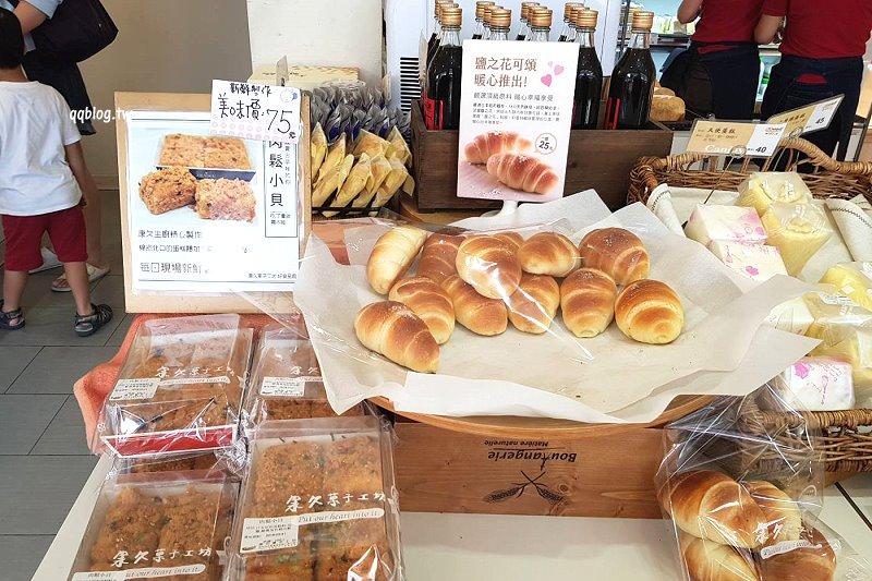 1527092204 5170ab783cc51ab88438925122748465 - 台中大雅︱康久菓子工坊大雅人氣麵包店,友人力推的肉鬆小貝,冰過更好吃