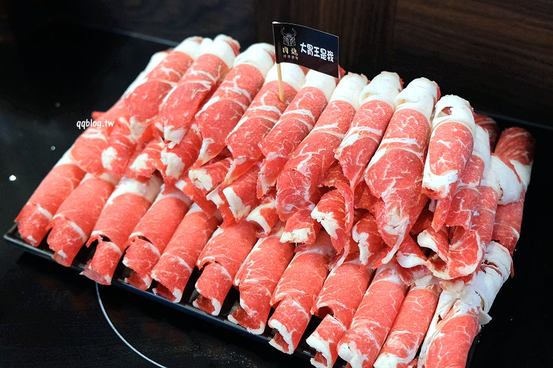 1531589654 e7ea6ef4c4699ed56a0204a95a2315da - 台中北屯︱ 肉魂鑄鐵料理 de Meaty Spirit.50盎司肉量的大胃王套餐超吸睛,滿滿的肉山吃完超過癮,愛吃肉的可以挑戰看看