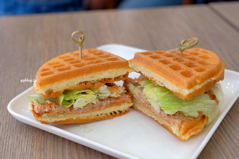 台中北區︱一拳鬆餅 One Punch.膨鬆軟綿又有空氣感的舒芙蕾鬆餅,近中國醫藥大學、中友百貨 @QQ的懶骨頭