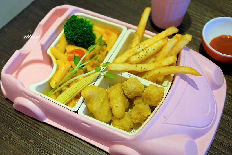 桃園平鎮︱Jun. B cafe &花屋手作烘焙.餐點選擇性多,口味也很豐富,只是這天等餐等的有點久 @QQ的懶骨頭