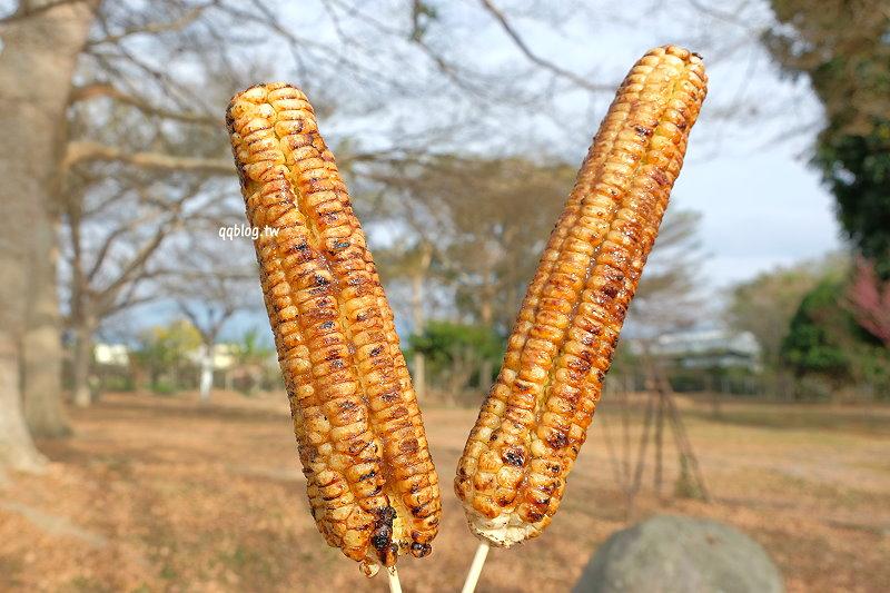 台中東勢︱蔡記烤玉米.傳統碳火烤玉米,鹹香滋味好,一吃就上癮 @QQ的懶骨頭