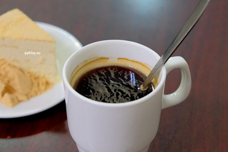 澳門︱Bitter Sweet 必達士木糠甜品咖啡.餅乾屑蛋糕口感特別,值得一試.官也街美食推薦 @QQ的懶骨頭