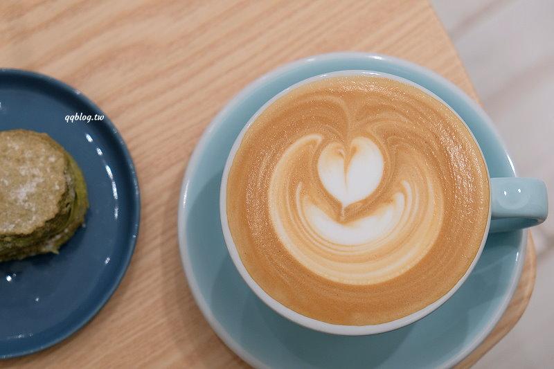 台中西區︱Vurr Coffee.科博館附近清新風格咖啡館,溫馨小巧又舒適 @QQ的懶骨頭