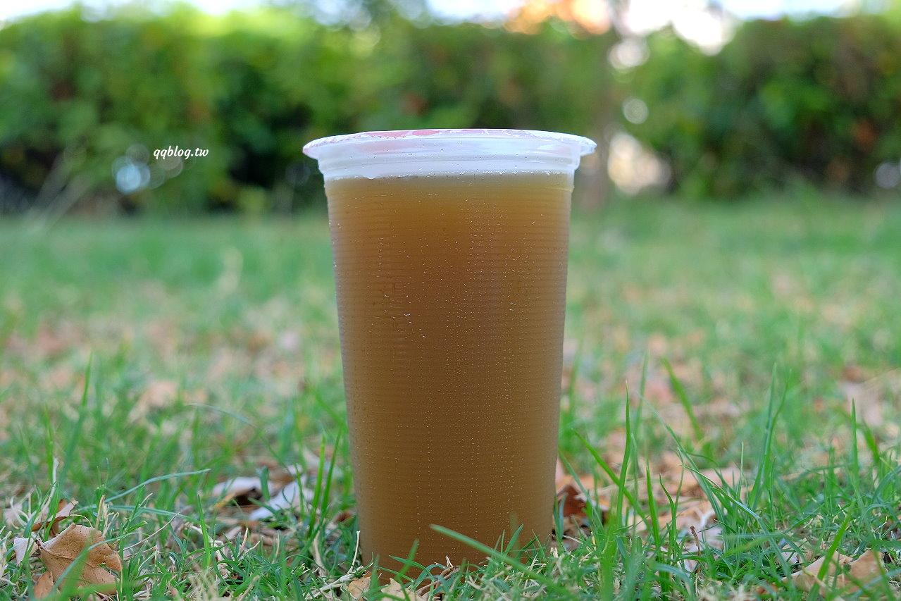 台南中西區︱小西腳青草茶.有淡淡薄荷的青草茶,香甜不苦澀、清涼又解渴 @QQ的懶骨頭