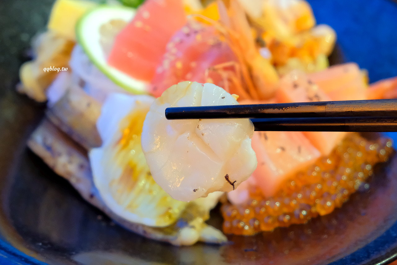 屏東琉球︱小島燒居酒屋.晚上才營業的美味日式料理,滿滿的海味吃的很滿足 @QQ的懶骨頭