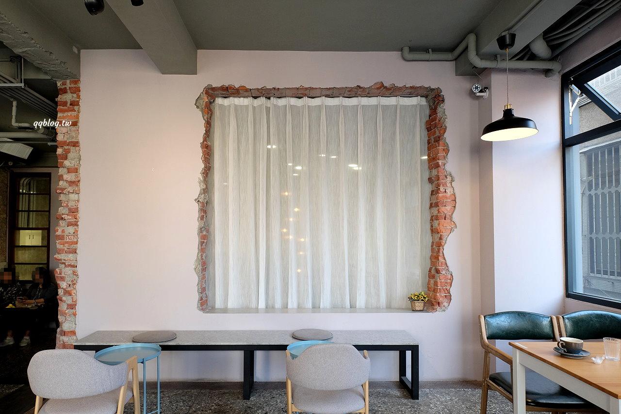 台中豐原︱駿咖啡 JIUN COFFEE WORKSHOP .巷弄裡的質感咖啡廳,下午茶雙人套餐很可以,好吃又好拍 @QQ的懶骨頭