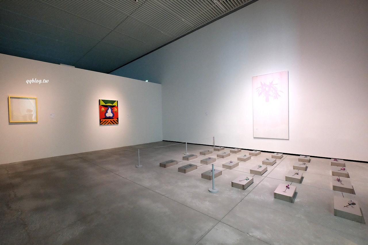 台南西區︱臺南市美術館2館.純白色的五角造型建築,不定時更換展出作品,來一場與藝術的約會 @QQ的懶骨頭