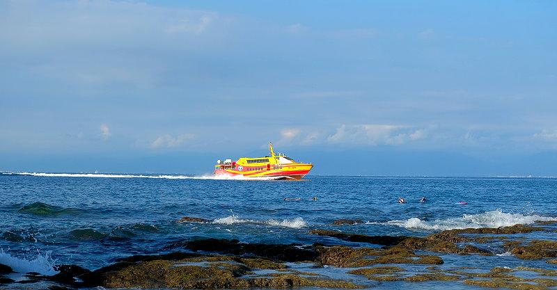 屏東東港︱小琉球交通資訊,自行開車如何前往東港碼頭,停車、船票、機車租借一次搞懂 @QQ的懶骨頭